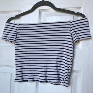 H&M navy and shite crop top